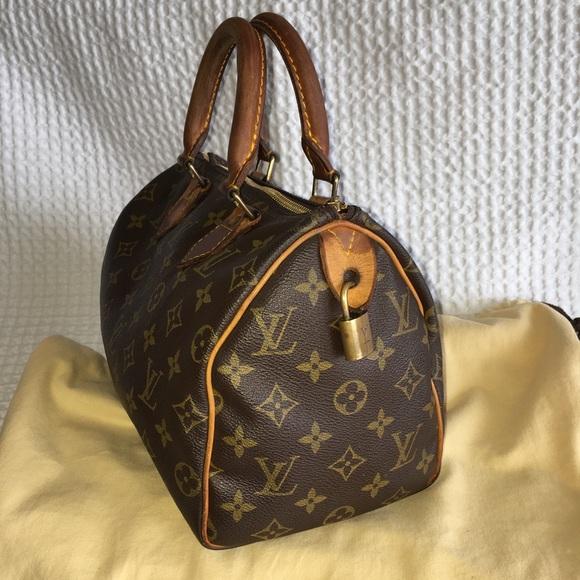 feba970b5d6e5 Louis Vuitton Handbags - Louis Vuitton speedy authentic vintage